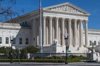 https-bioloquitor-lexblogplatform-com-wp-content-uploads-sites-349-2018-04-us-supreme-court-building-2225765_1920-320x213-jpg