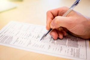 https-employmentlawinsightsfullservice-babc-blogs-com-wp-content-uploads-sites-36-2020-11-filling-out-ballot_gettyimages-649660235-300x200-jpg
