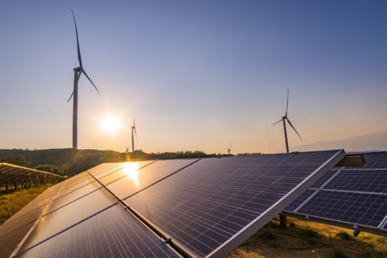 Wind power and solar power stations